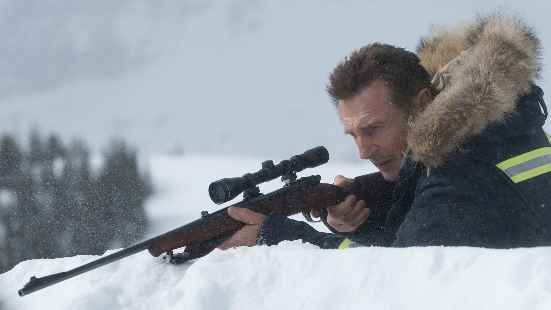 Liam-Neeson-rifle