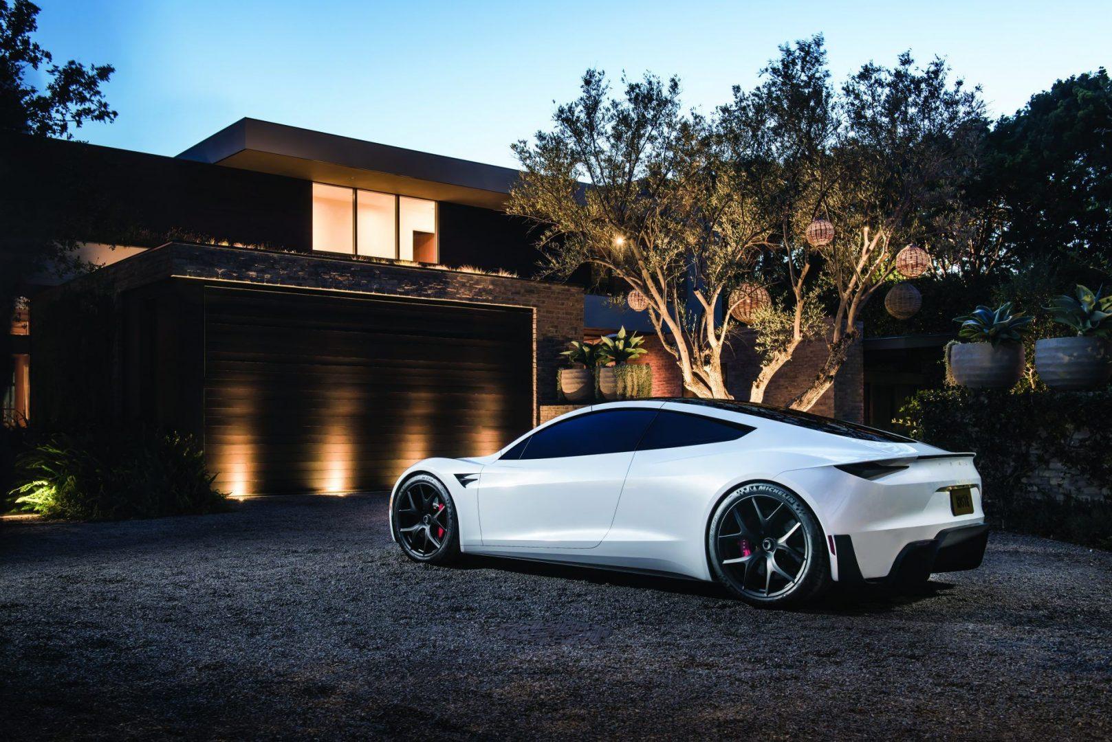 Roadster-Rear-3-4-House